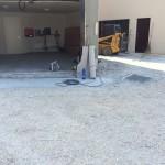 Removal of the old pavementRimozione della vecchia pavimentazione