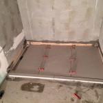 Laying porcelain tile on polistirene shower trayPosa gres piatto doccia pendenziato in polistirene