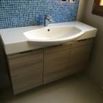 Bathroom at the end in the washbasin zoneBagno terminato nella zona lavabo