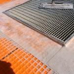 Proper sealing of the sheath to steel gridsCorretta sigillatura della guaina a griglie in acciaio
