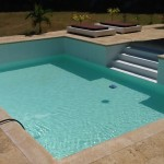 Swimming pool with CoproxPiscina con Coprox