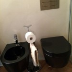 Flaminia anthracite wc and bidet with Viega SystemWc e bidet antracite Flaminia e sistema di scarico Viega