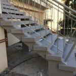 Outdoor staircase completely renewedScala esterna terminataOutdoor staircase completely renewedScala esterna terminata