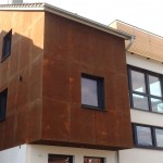 Corten on outdoor wallCorten all'esterno